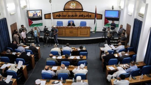 تشريعي بغزة يتابع أداء وزارة الاقتصاد في ظل جائحة (كورونا)