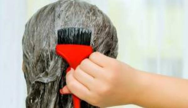 نصيحة مهمة لتبقى الصبغة المنزلية على شعرك لمدة طويلة