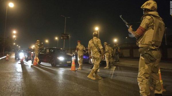 مصر تقرر تمديد حظر التجول الليلي حتى 23 من أبريل الجاري