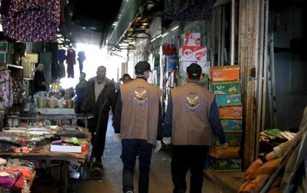 مباحث التموين بغزة تُحرر عشرة محاضر ضبط بحق تجار مخالفين