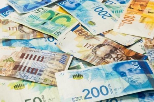 ارتفاع طفيف على سعر الدولار مقابل الشيكل