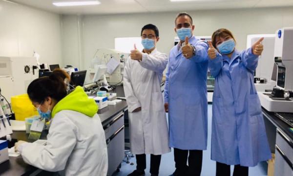 إسرائيل تستغل جهود طبيب فلسطيني لتدّعي مساعدة الصين في حربها ضد (كورونا)