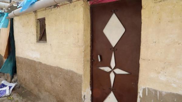 """مغربي يقتل جاره وزوجته وطفلته الرضيعة بسبب """"الغيرة"""""""