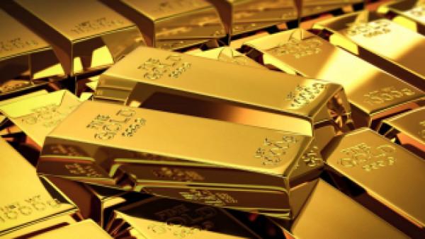 الذهب يهبط بفعل تفاؤل حيال خطط أمريكية لإعادة فتح الاقتصاد