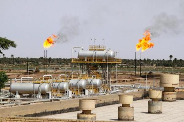 تحذيرات من تداعيات خطيرة على العراق جراء انهيار أسعار النفط
