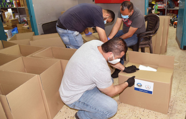 وحدة التأهيل المجتمعي في بلدية البيرة تكثف برامجها لدعم المحتاجين