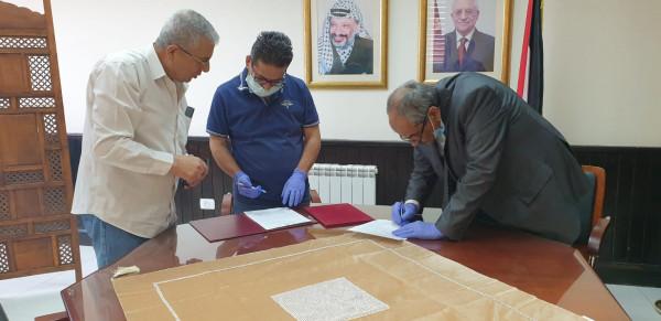 الأشغال توقع اتفاقية تعبيد المرحلة الثانية من شارع قلنديا
