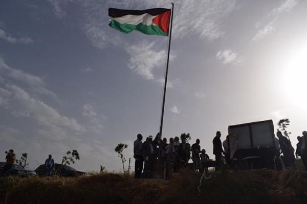 قيادة فصائل منظمة التحرير تشارك بمراسم إزاحة الستار عن النصب التذكاري بمارون الراس