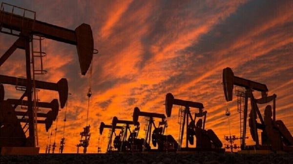 صعود أسعار النفط عالميًا بفعل هبوط مخزون الخام الأمريكي