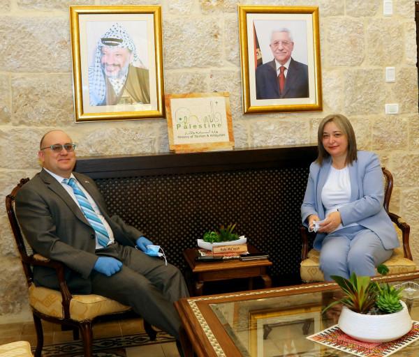 وزيرة السياحة تستقبل سفير جمهورية مالطا في بيت لحم