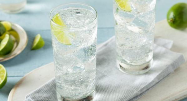 ثمان حيل رائعة لجعل مذاق مياه الشرب أفضل