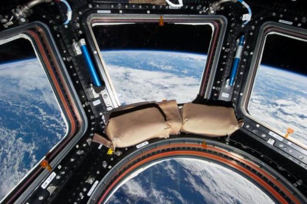 """تغريدات بين """"تويتر"""" و""""ناسا """"تصل الأرض بالفضاء"""