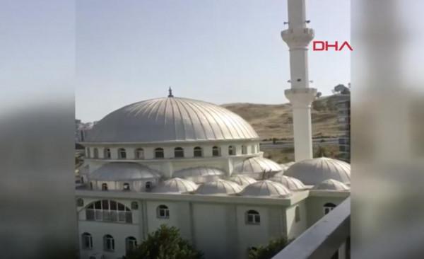 مساجد تركية تبث أغنية إيطالية شهيرة في نهار رمضان بدل الآذان