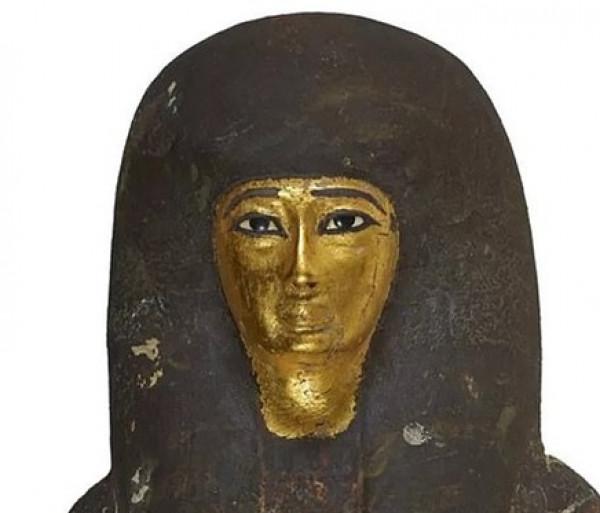 علماء يكتشفون سر مادة سوداء غامضة تغطي المومياوات الفرعونية