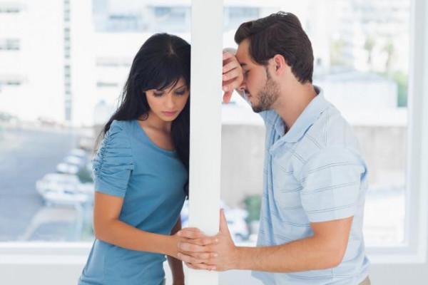 خمسة أسباب لإنهاء العلاقة العاطفية فورًا