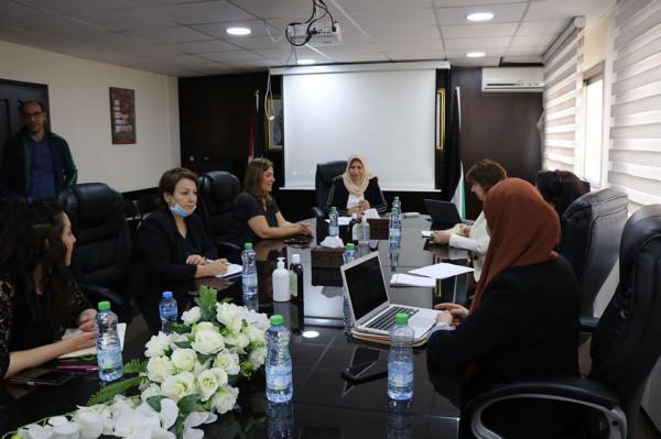 وزيرة المرأة تبحث توطين القرار 1325 في فلسطين