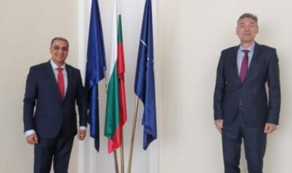 السفير المذبوح يجتمع مع نائب وزير الخارجية البلغارية