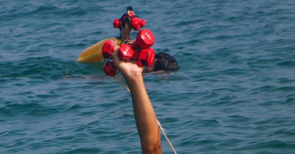 """نقابة الصيادين بغزة تصدر تنويهاً """"مهماً"""" بشأن حاملي شهادات الإنقاذ البحري"""