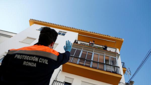 (كورونا) في إسبانيا.. أقل من 100 إصابة خلال يوم وارتفاع حاد بالوفيات الجديدة