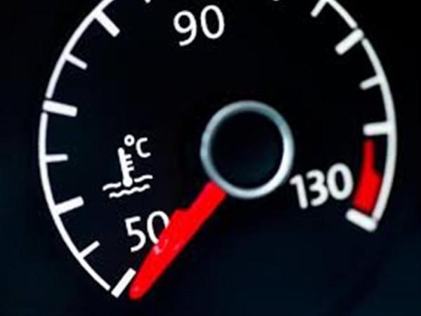 للحفاظ على محرك سيارتك.. راقب نظام التبريد في هذه الأوقات