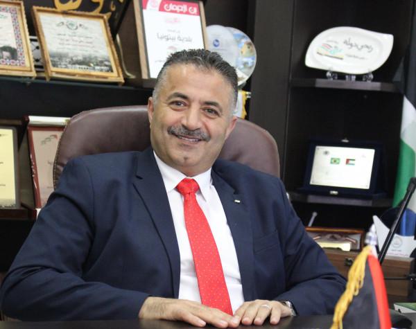 رئيس بلديـة بيتونيا يؤكد على دعم توجهات القيادة ورفض مخططات الضم الاسرائيلية