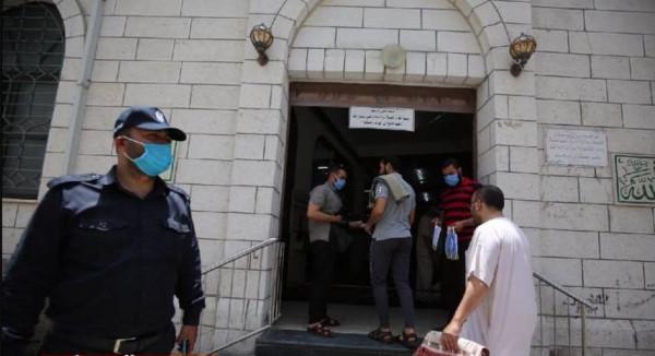 أوقاف غزة تكشف مصير مراكز تحفيظ القرآن وعقد احتفالات إشهار الزواج بالمساجد