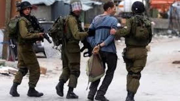 الاحتلال يعتقل شابين من كفل حارس في سلفيت