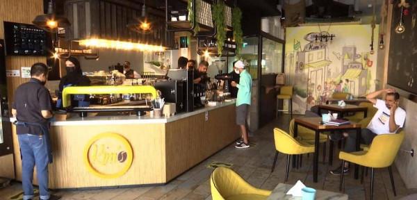 جدة السعودية: عودة المقاهي والمطاعم لاستقبال الزبائن بشروط صحية
