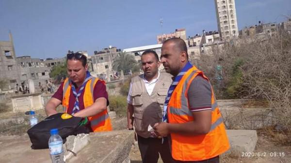 """فريق الطوارئ والإغاثة الكشفي بخانيونس يواصل استكمال مبادرة """"مدينتك نظيفة"""""""