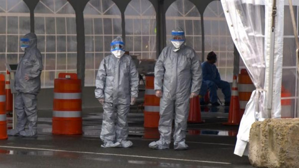 الولايات المتحدة: الإصابات بفيروس (كورونا) تصل إلى 1.8 مليون حالة