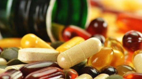 ستة مكملات غذائية من الفيتامينات عديمة الفائدة.. وإليك ثلاثة أنواع ضرورية