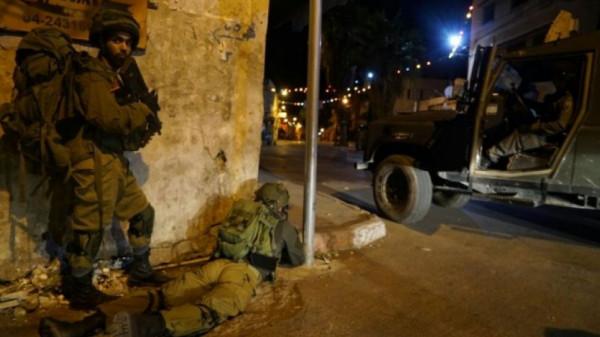 إصابات بالاختناق خلال مواجهات مع الاحتلال شمال الخليل