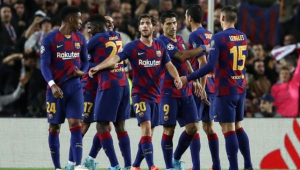 خبر سعيد لجماهير برشلونة.. نجم كبير يقترب من النادي