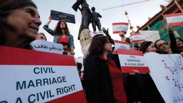 عراقيون يسعون لتشريع قانون يُجرّم (الطائفية)