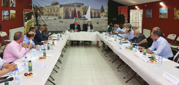 معايعة والشوا يلتقيان ممثلي القطاع السياحي الفلسطيني الخاص