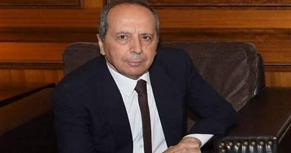 شاهد: نائب لبناني يُحرض على إطلاق النار باتجاه المتظاهرين