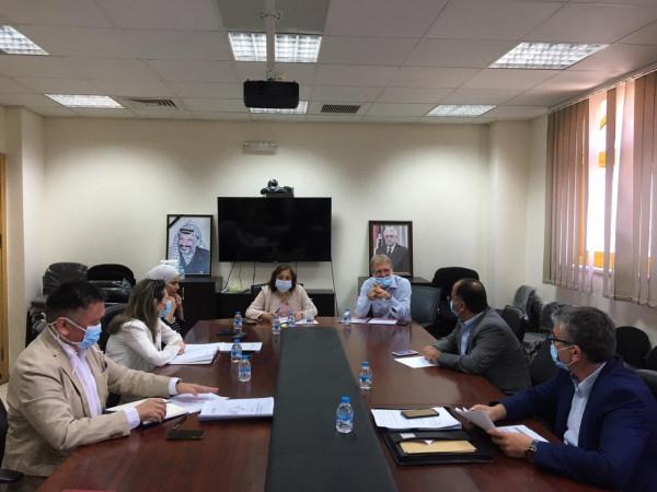 """وزيرة الصحة تناقش مع """"الصحة العالمية"""" تأسيس مركز طوارئ لإدارة الأزمات"""