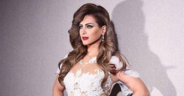"""نجمة أردنية تثير الجدل باستعراض ملابسها: """"انا ملزلزة مش بطة"""""""