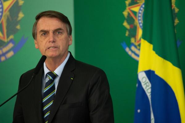 """على خطى ترامب.. رئيس البرازيل يهدد بالانسحاب من """"الصحة العالمية"""""""