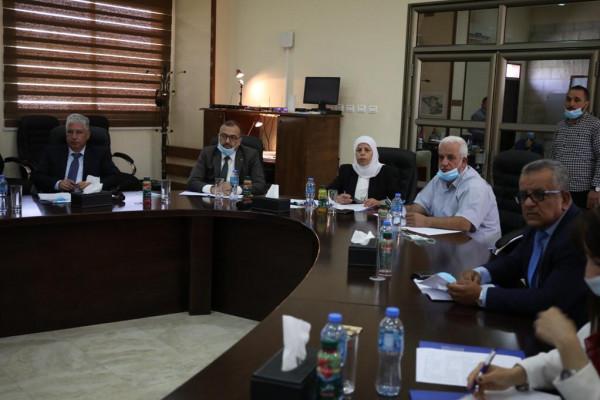 """مجلس أمناء جامعة فلسطين التقنية""""خضوري"""" يُقر خطتة"""" ويؤكد على أهمية الحوكمة"""