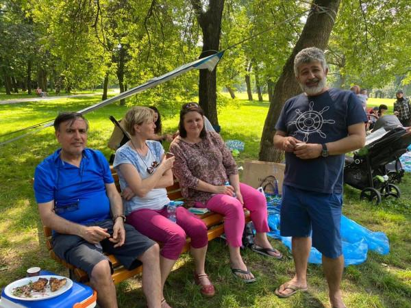 الجالية الفلسطينية في التشيك تنظم رحلة عائلية ترفيهية