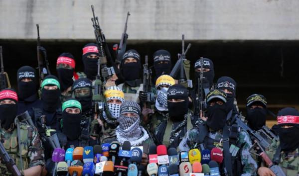 فتح: نُطالب الكل الفلسطيني بالعدول عن التصريحات التي تظهرنا كقوة عسكرية أمام إسرائيل