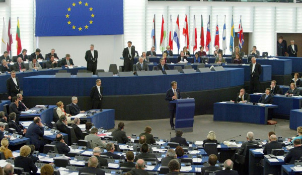 """""""التنسيقية الأوروبية"""" تدعو لإعادة النظر باتفاقية الشراكة مع إسرائيل حال تنفيذ """"الضم"""""""