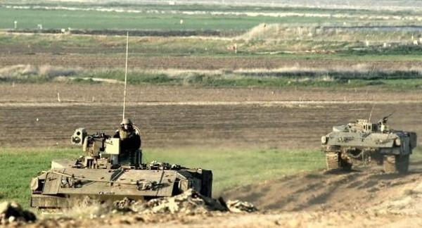 الاحتلال يُهاجم الصيادين في بحر غزة ويتوغل شرقي خانيونس