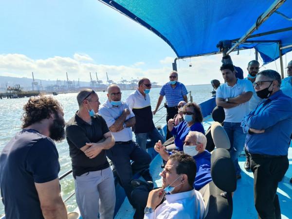 القائمة المشتركة تبادر لجولة مع وزير الزراعة لمتابعة قضايا الصيادين