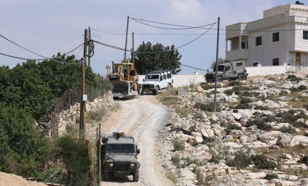 قوات الاحتلال تستولي على مركبة لجمع النفايات غرب محافظة سلفيت