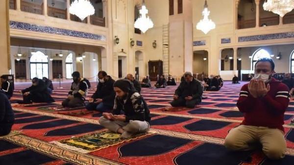 الإفتاء الأردنية: صلاة الجماعة لمصابي (كورونا) حرام شرعاً