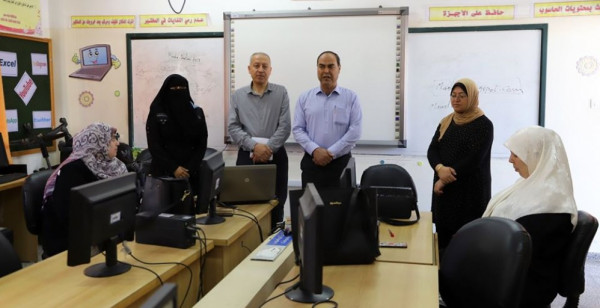 تعليم غرب غزة تنفذ دورة لادارة الصفوف الافتراضية