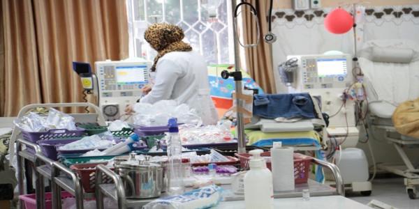 غزة: الصحة تقدم خدمات غسيل الكلى لـ (880) مريض فشل كلوي