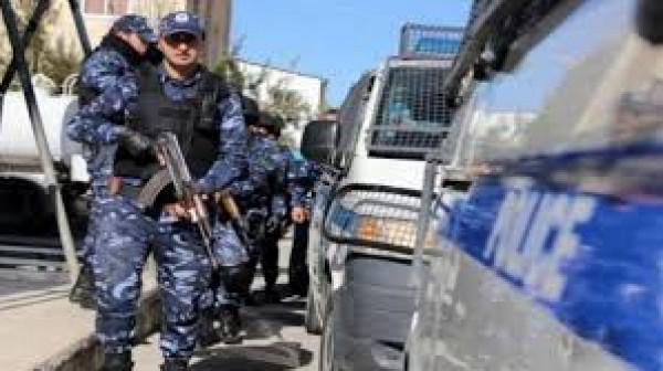 الشرطة تُغلق 36 محلاً تجارياً لعدم التزام أصحابها بحالة الطوارئ في جنين